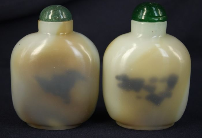 Snuff bottle - Agate, Or glass - Pair extra large 10cmH - China - Late 20th century