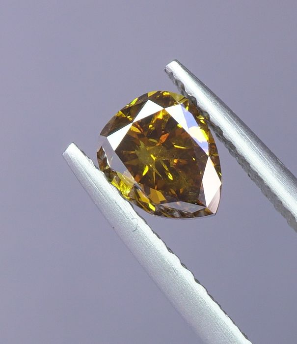 1 pcs Diamant - 0.62 ct - Peer - fancy intens orange yellow - I1- No Reserve