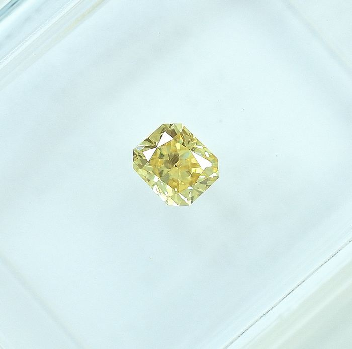 Diamant - 0.25 ct - Radiant - Natural Fancy Yellow - VS2 - NO RESERVE PRICE