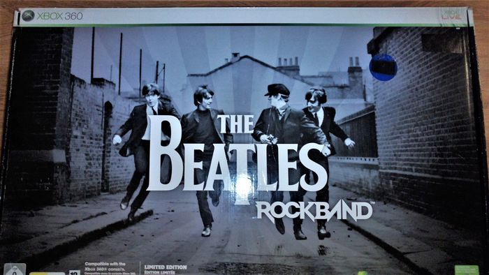 The Beatles: Rock Band Limited Edition Premium Bundle xbox
