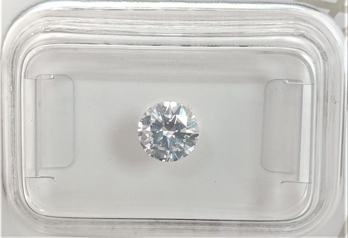 Diamond - 0.59 ct - Brilliant - E - VS2, No Reserve Price