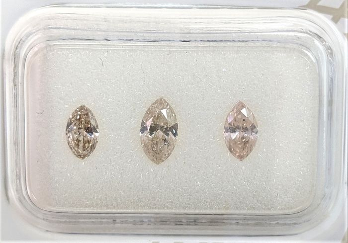 3 pcs Diamonds - 0.71 ct - Marquise - Fancy Mix Colors - I1, I2, SI1, SI2, SI3, No Reserve Price