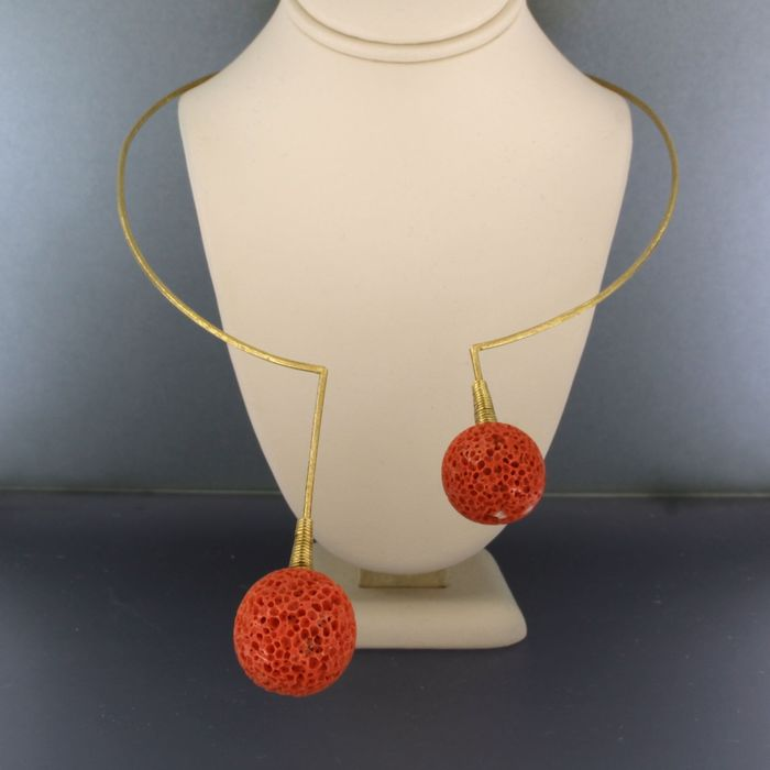 18 kt. Yellow gold - Necklace Coral
