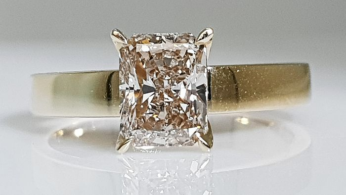 14 kt. Yellow gold - Ring - 1.25 ct Diamond - No Reserve