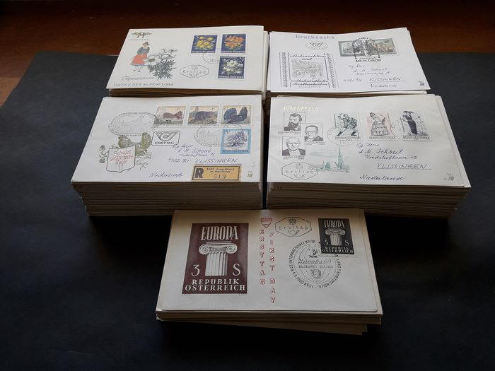 Oostenrijk 1960/1983 - Lot of 450 FDCs with and without address, many with registration - Yvert