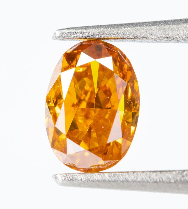 Diamante - 0.34 ct - Natural Fancy VIVID Giallo-Arancio - SI1  *NO RESERVE*
