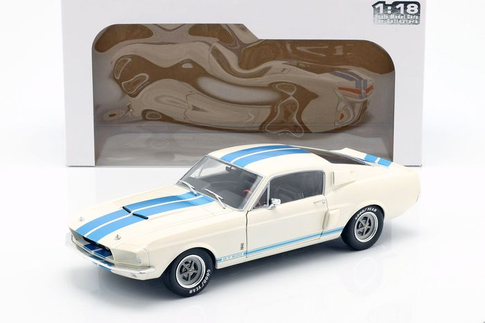 Solido - 1:18 - Shelby Mustang GT500 1967