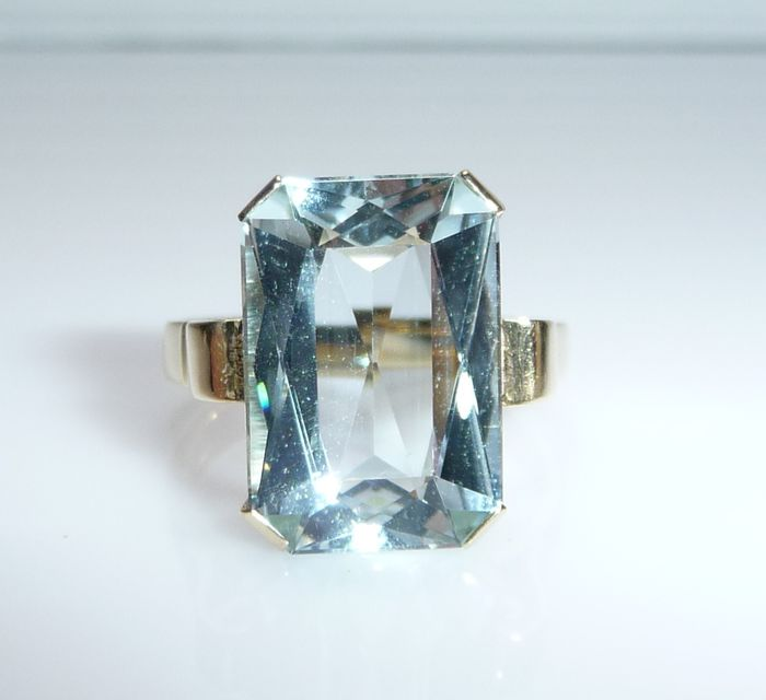 14 kt. Yellow gold - Ring Aquamarine Solitaire 5.50 ct.