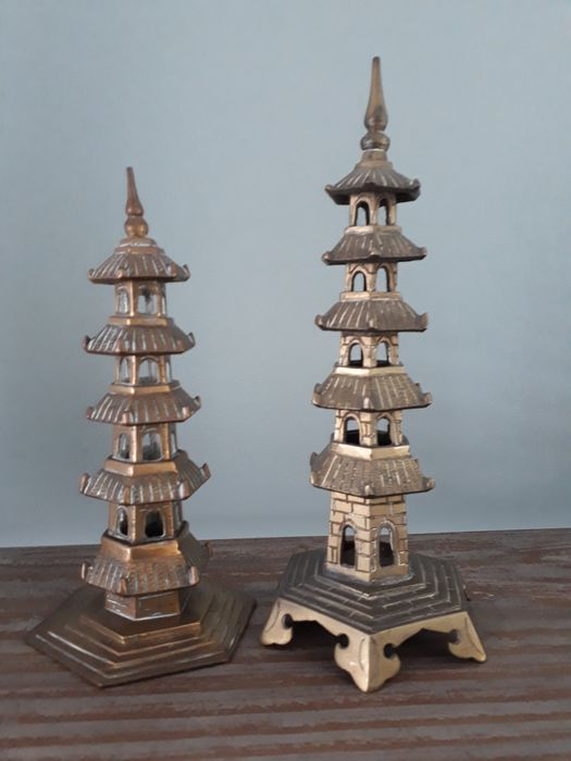 Two Pagodas (2) - Bronze, Copper - China - unknown