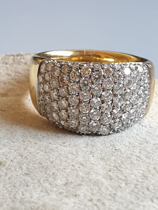 18 kt. White gold, Yellow gold - Ring - 2.40 ct Diamond