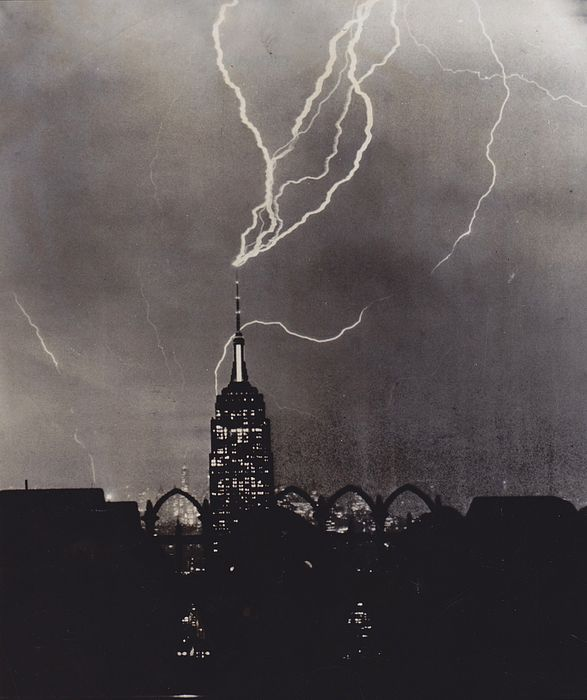 Uknown/ AP - Lightening on the Empire State - New York, 1952