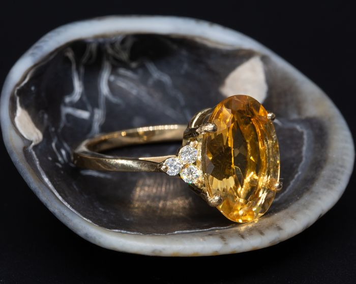 14 kt. Yellow gold - Ring - 4.00 ct Citrine - 0.17 ct Diamonds - No Reserve Price