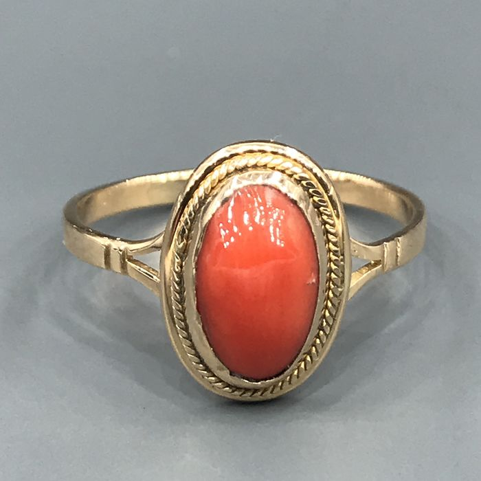 18 kt. Yellow gold - Ring Coral
