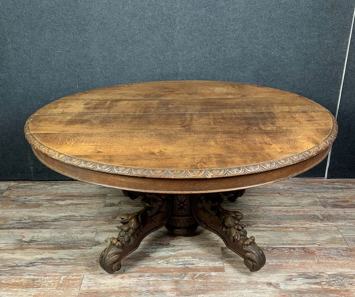 Renaissance style oval-shaped hunting lodge table with oak extensions + 4 meters - Oak for sale
