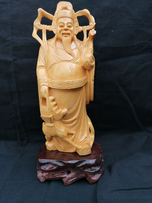 Sculpture, Woodcut (1) - Hardwood - Buddhist figure - dieren heilige  - China - Second half 20th century