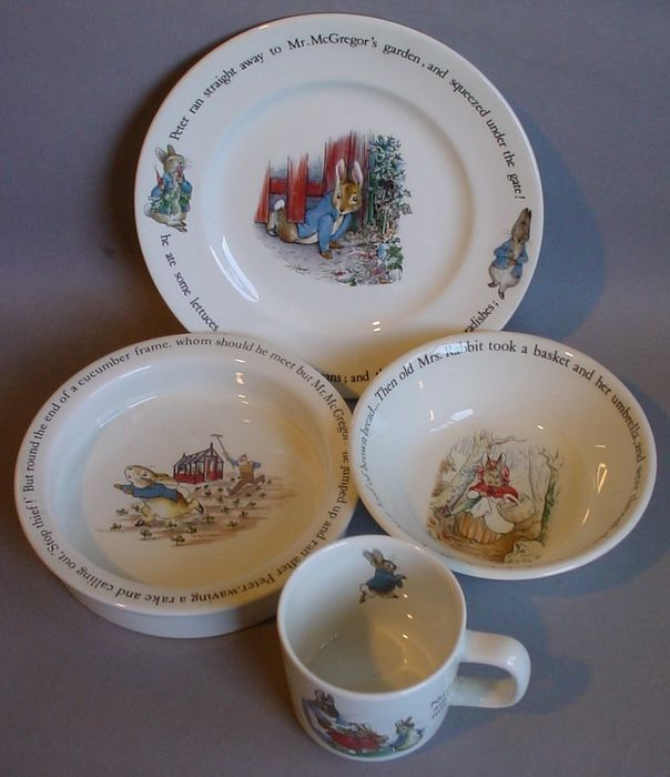 Beatrix Potter - Wedgwood - Børnesæt Peter Rabbit - Keramik