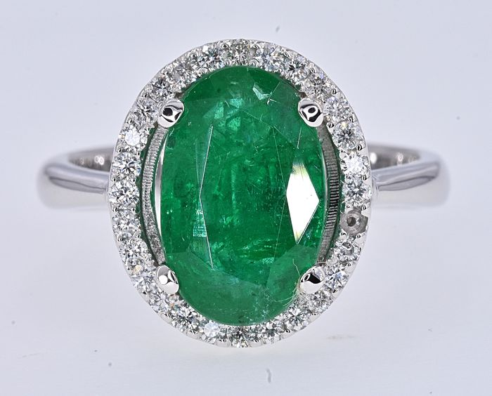 18 kt. White gold - Ring - 3.06 ct Emerald - Diamonds