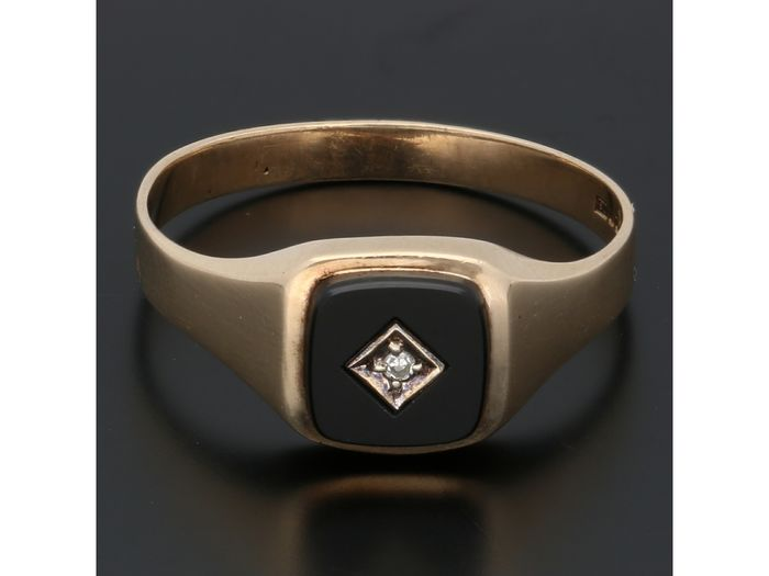 8 kt Gold - Ring - 0.01 ct Onyx