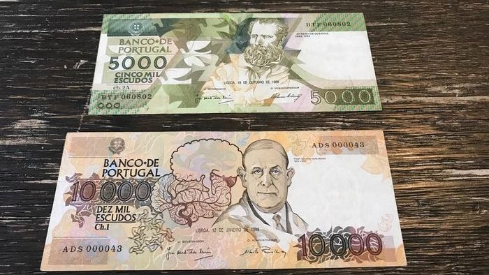 Portugal - 5.000 and 10.000 escudos 1989  - Pick 184c and 185a