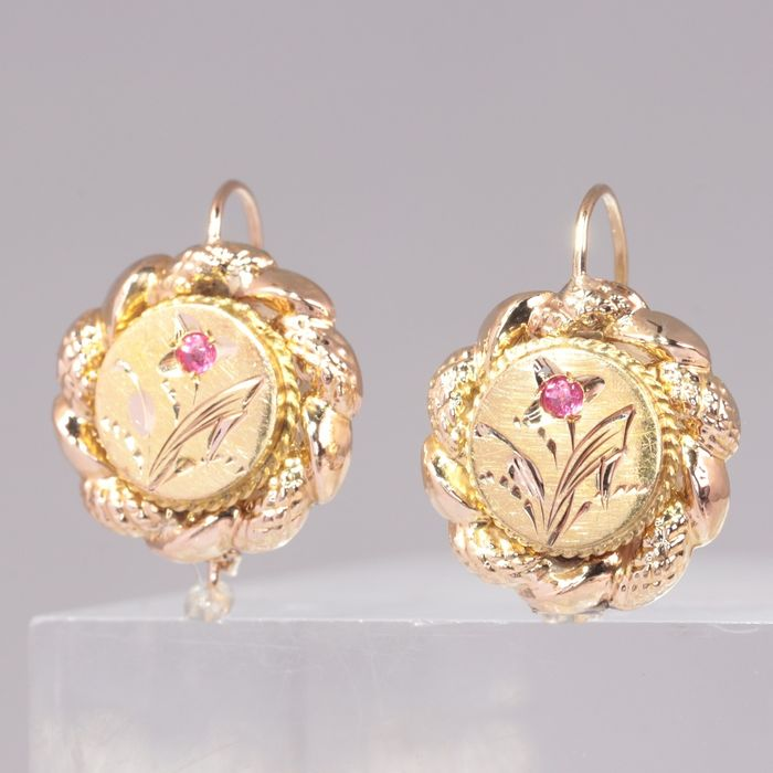 18 kt. Pink gold - Earrings, Short Hanging - Antique - Anno 1880 - Red strass - NO RESERVE PRICE