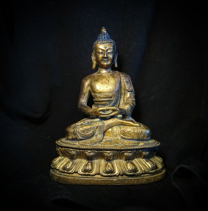 Jewelled Dhyana-Asana Buddha 禪佛 -Gold Gilt Bronze, and Turquoise Settings - Second half 20th century