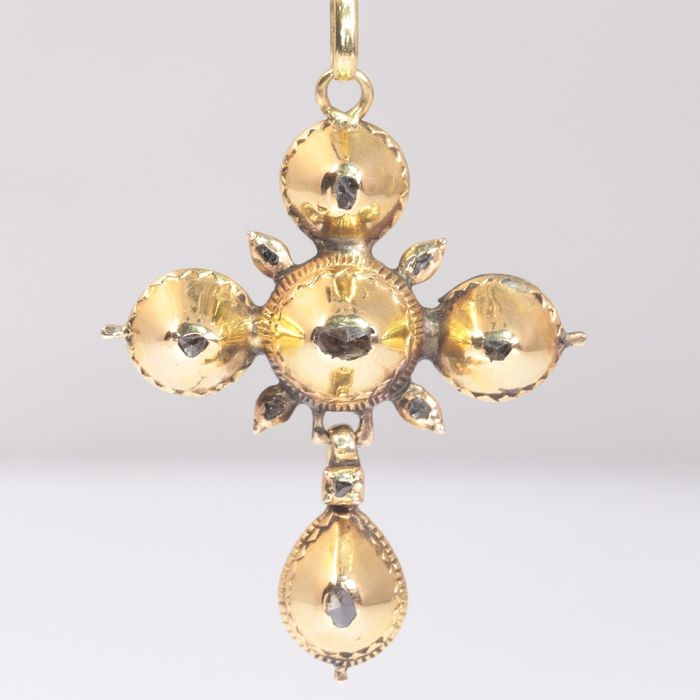 18 kt. Yellow gold - Pendant, Antique, Anno 1830 late Georgian early Victorian Cross -  Diamond - NO RESERVE PRICE