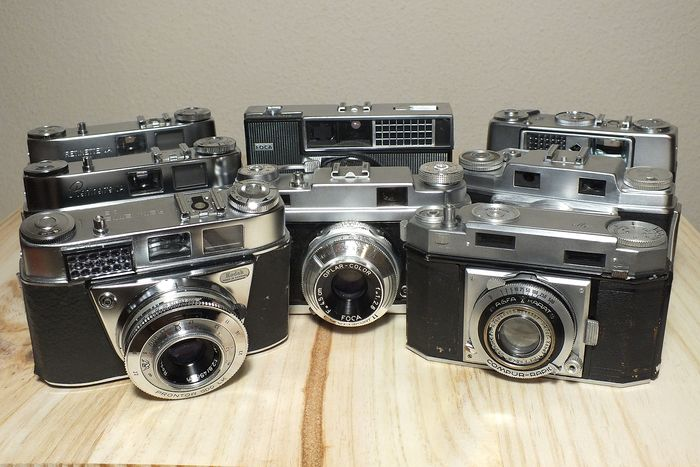 Agfa, Foca, Kodak Eight cameras for collection