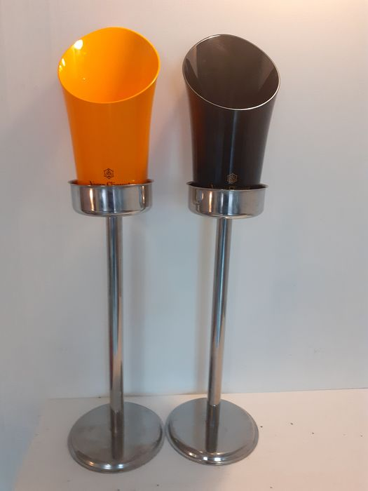 Veuve Clicquot wine / Champagne bucket stand (4) - Stainless steel/Plastic