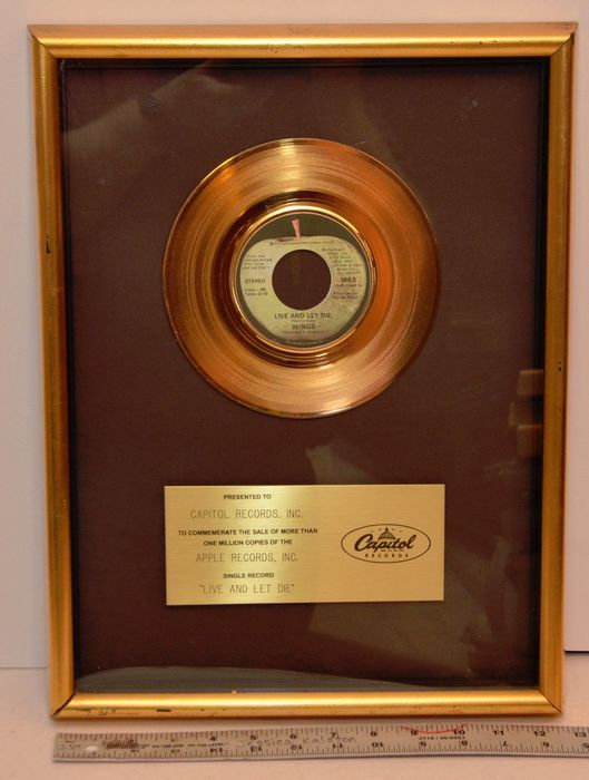 """James Bond 007 - Title song """"Live and Let Die""""  - by Paul McCartney & Wings - Gold Record USA Award - Presented to Capitol Records"""