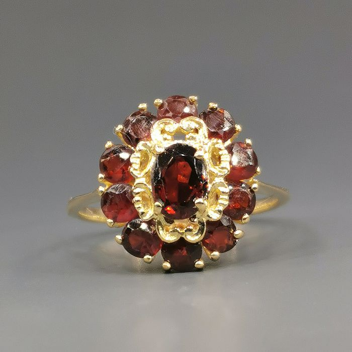 18 kt. Yellow gold - Ring Garnet