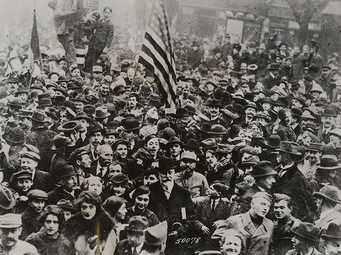 Unknown/Acme Newspictures - Paris  Celebrates the End of WWI, 1918