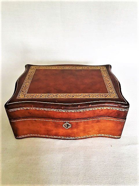 Florentine leather jewellery box - Leather