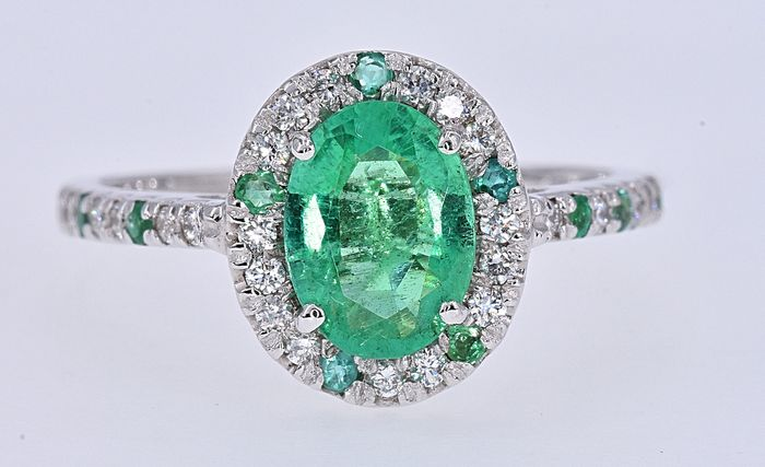 18 kt. White gold - Ring - 1.40 ct Emerald - Diamond