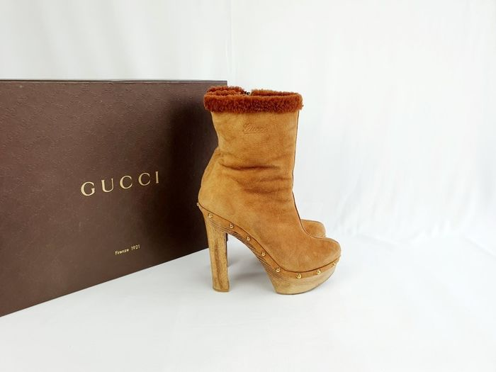 Gucci - lammy - ankle boots - with studs with box - as new - Size: IT 38