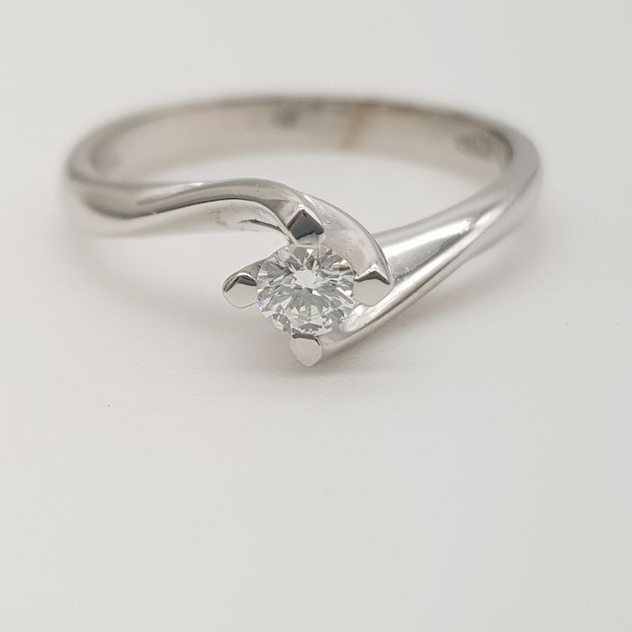 HRD no reserve price - 18 kt. White gold - Ring - 0.14 ct Diamond