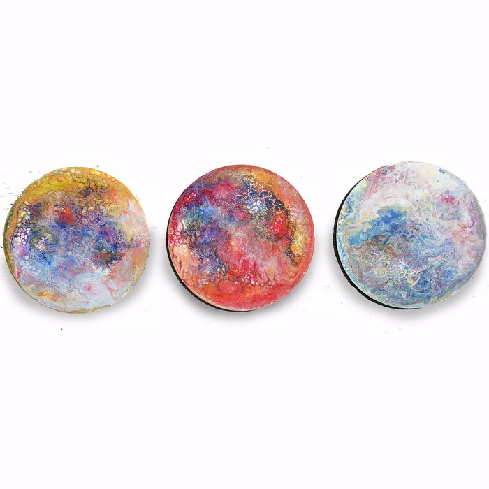Ksavera - Planets fluid Abstract A398 - round triptych