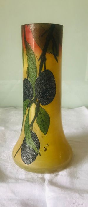 Vase with floral decorations enamelled glass signed by hand type Legras - Glazed Glass