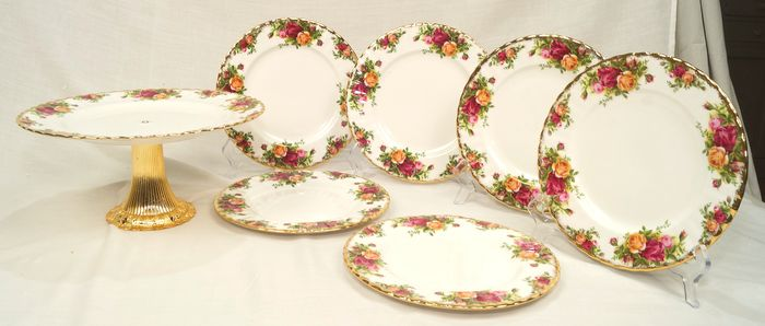 Old country roses - Royal Albert - Dessertservice X 6 ø cm. 21 + cake stand ø cm. 26 - h. 14 (7) - Porselein