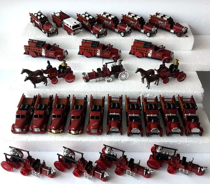 High Speed Models  1:87 - Collection 26 pieces beautiful fire-brigade - vehicles without ovp - Die casting / plastic