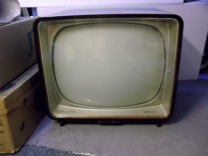 Philips - black and white television (lamps) - different materials