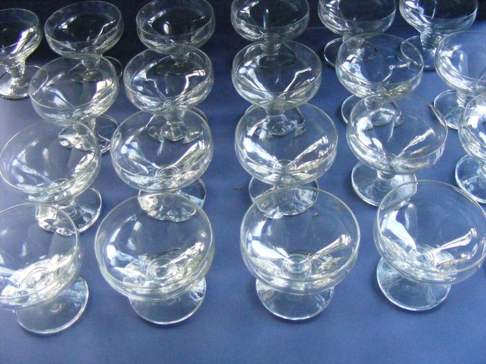Heller - Boom - 21 cut glasses around 1930 - Art Deco - Glass