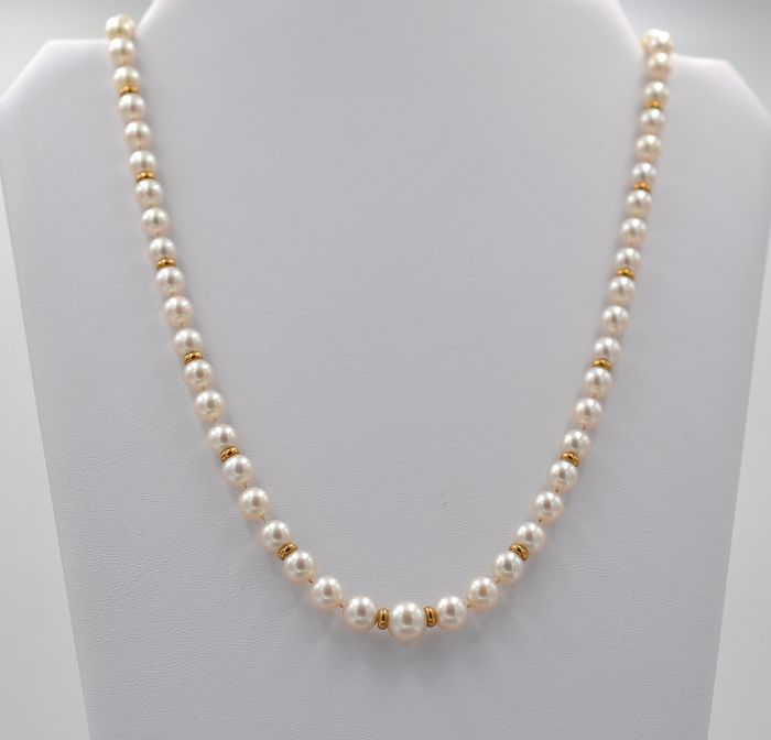 18 kt. White gold, Yellow gold, cultured pearls - Necklace - 0.09 ct Diamond - Sapphire