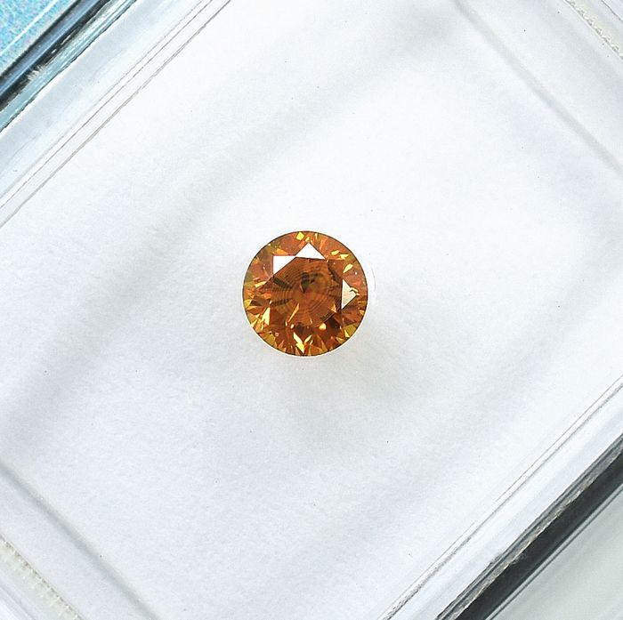 Diamant - 0.21 ct - Brillant - Natural Fancy Intense Orange - Si1 - NO RESERVE PRICE