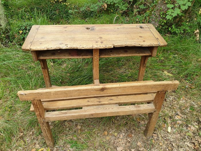 Very original two seats school school bench with beautiful user marks (1) - Wood
