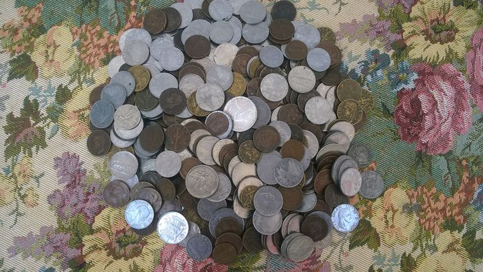 Italy - Lot of 400 coins (incl. silver coins)