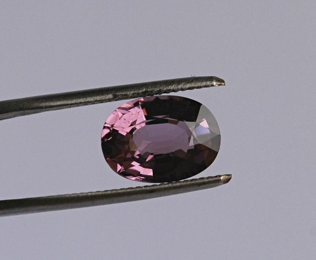 No Reserve - Purple Spinel - 3.21 ct