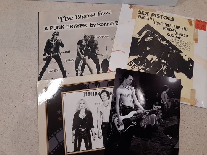 "Sex Pistols & Related - LP's + Photo's - Multiple titles - Limited edition, LP Album, Maxi single 12""inch, Photograph -set in person, Various media - 1976/1978"