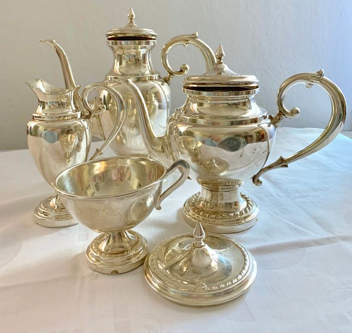 Silver plated tea set of 4 pieces