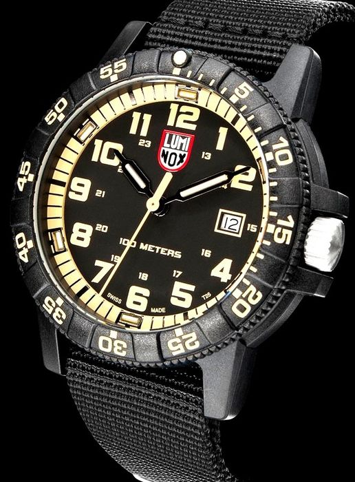 Luminox - Sea Turtle Giant in Carbonio 100 ATM Limited YELLOW - 0334 - Homem - 2019