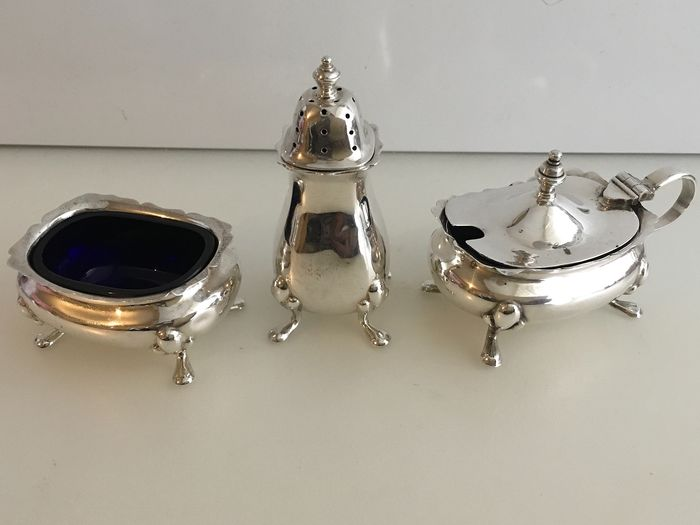 Edwardian Sterling silver condiment set  (3) - Silver - U.K. - 1927/ 1969